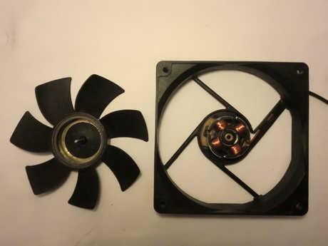 Computer Internal Fan Cleaning 02